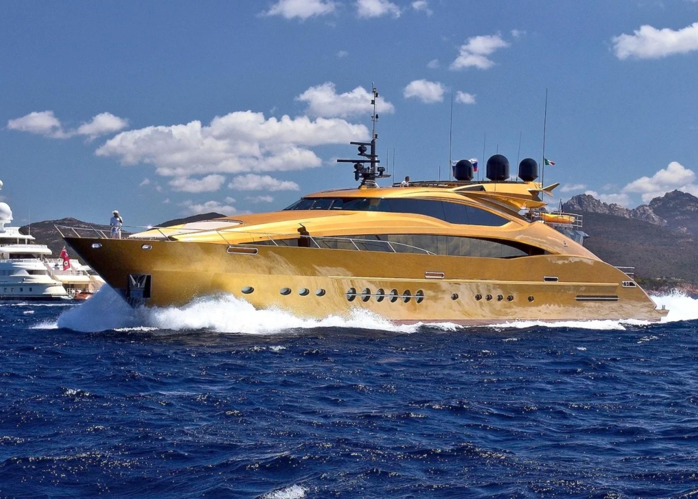 яхта за 4 миллиарда