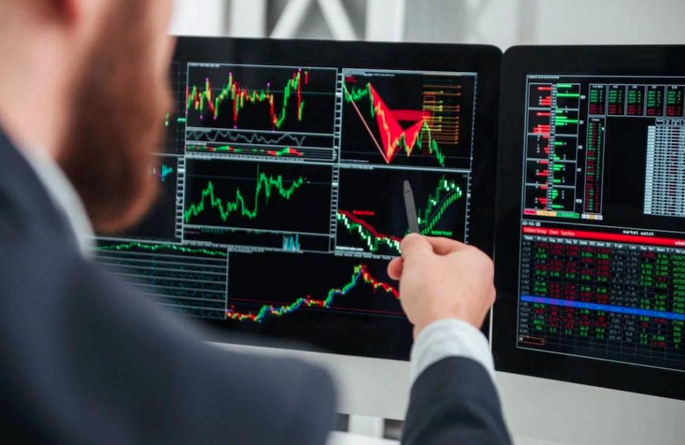 сколько зарабатывает трейдер на фондовом рынке