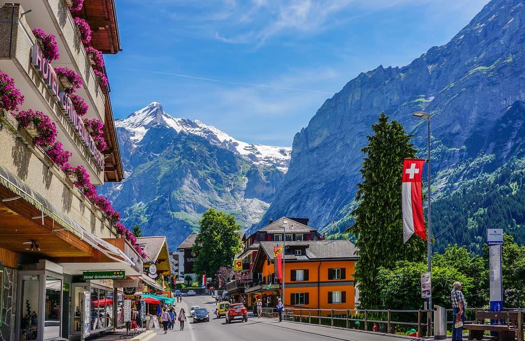 гражданство швейцарии